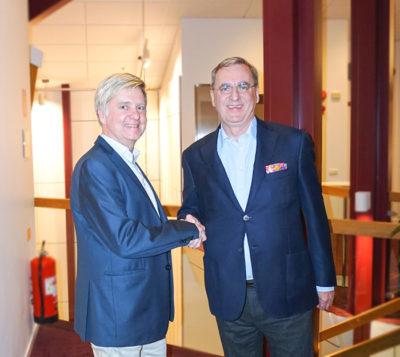 Jonas Ohlson Regionchef på Cramo AB och Pether Fredholm, VD på JSB.