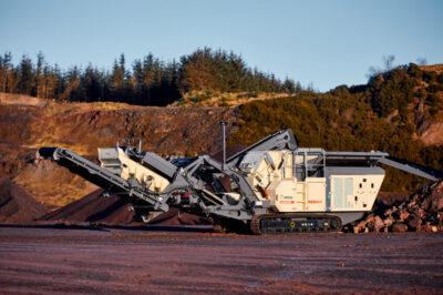 Metso Nordtrack™ I908S mobilt slagkrossverk – en av det nya maskinerna i utbudet Nordtrack™ inom krossning och siktning för ballastindustrin